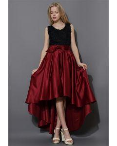 Falda Rojo Vino Asimétrica Estilo Cascada con Lazada