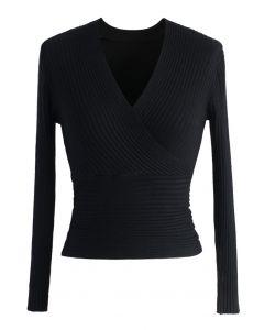 Glamorosa Blusa Acanalada Negra con Escote en V