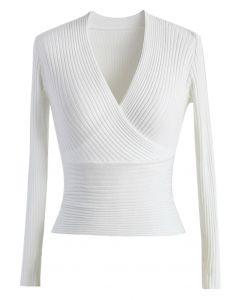 Glamorosa Blusa Acanalada Blanca con Escote en V