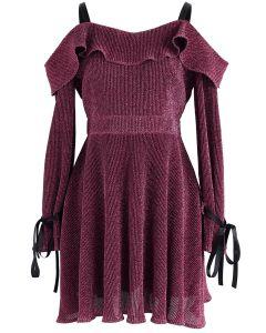 Vestido de noche brillante con hombros fríos en color malva