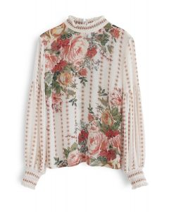 Blusa floral de lujo en jardines