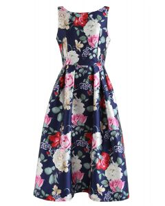 Vestido estampado sin mangas con flor retro