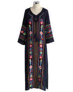 Vestido largo de crepé de Boho Blossom en azul marino